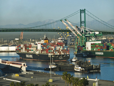 Photo of ships at the port of los angeles By The U.S. Food and Drug Administration (FDA's China Offices Focus on Product Safety) [Public domain], via Wikimedia Commons