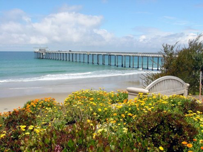Photo of UCSD Scripps Pier By Scrippsnews at English Wikipedia [Public domain], via Wikimedia Commons